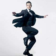 Justin Timberlake - just dance for me forever. Poses Dynamiques, Art Poses, Body Poses, Drawing Poses, Drawing Ideas, Action Pose Reference, Human Poses Reference, Pose Reference Photo, Poses Silhouette