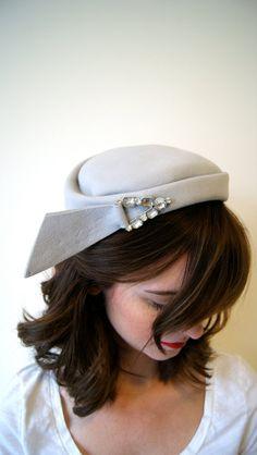 Vintage Hat. 60s Pale Blue / Icy Grey by NewOldFashionVintage