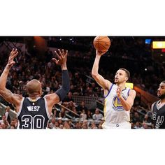 This season Steph Curry made 402 3-point baskets and 403 2-point baskets. #Gam30ver
