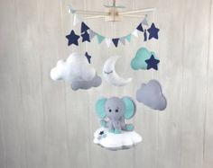 Baby mobile Elephant mobile nursery por JuniperStreetDesigns
