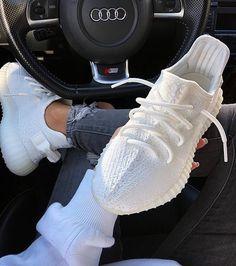 cb65a8550191  whiteshoes  white  shoes