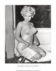 1950s Lingerie ~ Frou Frou Fashionista - Luxury Lingerie Blog for Faire Frou Frou in Los Angeles