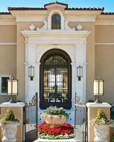 Entry detail - Italian villa in Scottsdale, Arizona