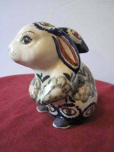 CER-RAF Boleslawiec Hand Painted Rabbit white blue
