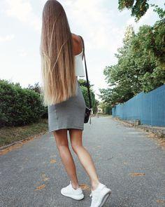 Gold Blonde Hair, Beautiful Blonde Hair, Straight Hairstyles, Braided Hairstyles, Cool Hairstyles, Soft Hair, Shiny Hair, Hair Locks, Very Long Hair
