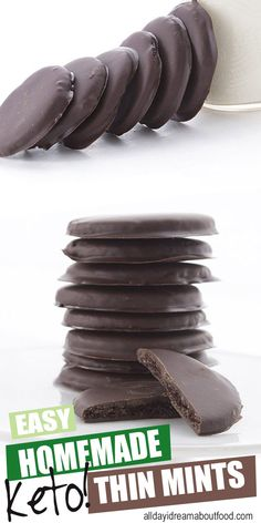 Homemade Thin Mints (Low Carb and Gluten Free) - Keto Recipes - Ideas of Keto Recipes - Better than Girl Scout Cookies and healthier too! Crisp keto chocolate wafers in a sugar free mint chocolate coating. These keto thin mints are a family favorite! Menta Chocolate, Chocolate Wafers, Chocolate Coating, Chocolate Cookies, Keto Chocolate Fat Bomb, Chocolate Ganache, Chocolate Chips, Chocolate Recipes, Keto Fat