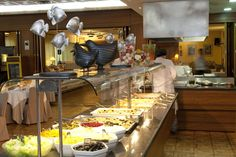 Restaurante - Buffet (cuenta con buffet frio, buffet caliente & show cooking) - Hotel Marvel Condes del Pallars***