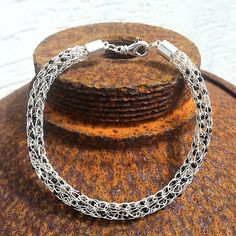 "Viking Knit - Armband ""Black Dots"""