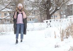 ♥︎ Mos Moshin Sophia kashmirneule - Sara S. Hello Winter, Jackets, Fashion, Down Jackets, Moda, Fashion Styles, Fashion Illustrations, Jacket