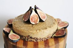 Ideas vegan birthday cake vegan birthday cakes 21 enjoyable 10 exquisite one green planetone planet Desserts Crus, Desserts Sains, Raw Vegan Desserts, Raw Vegan Recipes, Vegan Dessert Recipes, Vegan Treats, Vegan Gluten Free, Dairy Free, Dairy Recipes