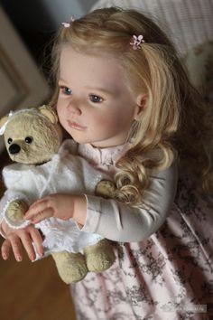 Esta es una muñeca muy bonita nos gusta mucho esta imagen