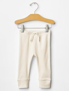 These leggings look adorable on baby boys!