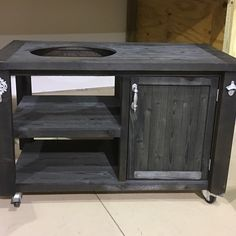 We specialize in rustic decor for outdoor furniture - indoor furniture, grill tables, home bars, bar cabinets, garden furniture and patio furniture Big Green Egg Outdoor Kitchen, Big Green Egg Table, Big Green Egg Grill, Outdoor Kitchen Bars, Bar Furniture For Sale, Furniture Ideas, Outdoor Cooking Area, Outdoor Grilling, Grill Table