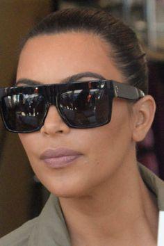 Benevolent Goddess Kim Kardashian Attends Fan's Birthday Kim Kardashian Sunglasses, Celebrity Sunglasses, Big Sunglasses, Oversized Sunglasses, Sunnies, Sunglasses Women, Glasses For Your Face Shape, Nice Glasses, Fashion Mumblr
