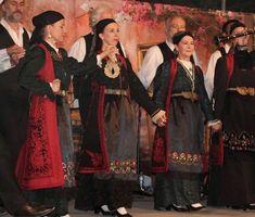 Ζαγορίσιες φορεσιές Greece, Painting, Dresses, Fashion, Greece Country, Vestidos, Moda, Fashion Styles, Painting Art