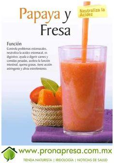 Jugo Natural de Papaya y Fresa: Neutraliza la acidez. #ConsejosDeSalud #TipsSaludables #Salud