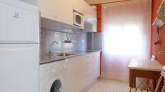 Los Arcos apartment kitchen