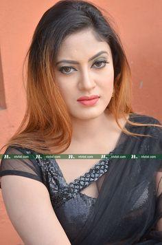 Beautiful Girl Indian, Most Beautiful Indian Actress, Beautiful Girl Image, Beauty Full Girl, Cute Beauty, Beauty Women, Indian Natural Beauty, Indian Beauty Saree, Indian Actress Hot Pics