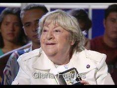 Gloria Fuertes recita su autobiografía y se la dedica a Málaga - YouTube