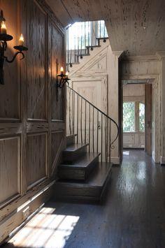 Dungan-nequette-portfolio-architecture-coastal: stairwell detail, wood paneling tones