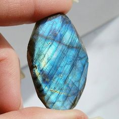 Check out this item in my Etsy shop https://www.etsy.com/listing/216475270/71ct-faceted-labradorite-flash-42x26mm