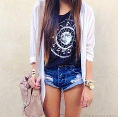 Summer outfit / summer fashion / cardigan / high-waisted shorts / crop top
