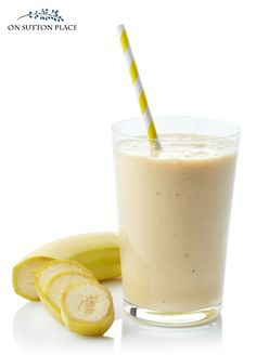 Make this banana oatmeal breakfast smoothie for weight loss with almond milk for a quick, nutritious meal or snack. When it comes to good smoothie recipes, this banana oatmeal smoothie is a winner! Smoothie Recipes Oatmeal, Banana Oatmeal Smoothie, Smoothie Recipes For Kids, Breakfast Smoothie Recipes, Smoothie Prep, Oatmeal Recipes, Eat Breakfast, Smoothies Banane, Apple Smoothies
