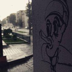 Palę majki.  #city #rain #storm #street #art #graffiti #modern