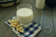 Latte di mandorle homemade | I pasticci di mamma Alex