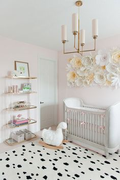 girl nursery decorating