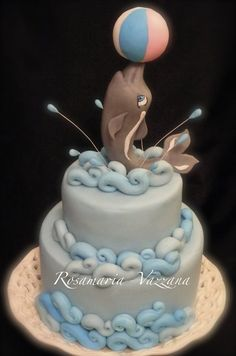 My little dolphin - by rosamaria @ CakesDecor.com - cake decorating website