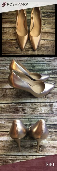 Charles by Charles David Pumps Super cute shoes, in great pre owned condition! Color is rose gold. Size 9M. Charles David Shoes Heels