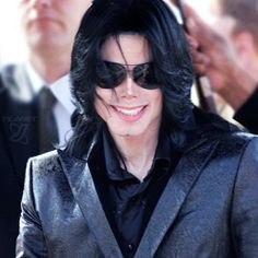 R.I.P MJ, Today is the 25th of June, a sad day for all of us for whom he was and is still important. Death is not a tragedy, because I know you're reunited with the God you professed your entire life. Rest in peace and party hard of up there, King.