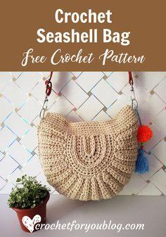 Crochet Purses Patterns Crochet Seashell Bag- free pattern - This crochet seashell bag made by joining 2 half circles together. Each half circles have 2 parts to crochet. The bag has a nice texture, too. Crochet Diy, Crochet Gratis, Crochet Tote, Crochet Handbags, Crochet Purses, Crochet Crown, Purse Patterns Free, Crochet Purse Patterns, Bag Pattern Free