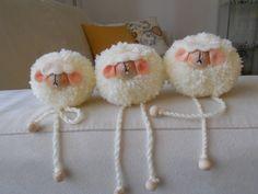 Risultati immagini per POM POM sheep Pom Pom Crafts, Yarn Crafts, Sewing Crafts, Diy And Crafts, Arts And Crafts, Sheep Crafts, Yarn Animals, Pom Pom Animals, Diy For Kids