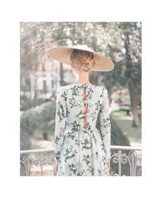 Elegant Outfit, Elegant Dresses, Nice Dresses, Short Dresses, Floral Fashion, Fashion Design, Derby Outfits, Wedding Guest Style, Estilo Fashion