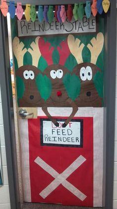 I love the reindeer on this Christmas door