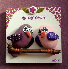 Stone Crafts, Rock Crafts, Diy Home Crafts, Arts And Crafts, Painted Rocks, Hand Painted, Rock Family, Arrow Art, Rock Sculpture