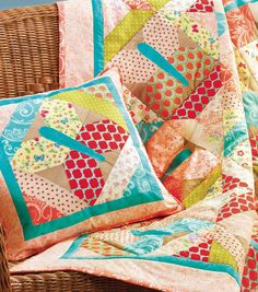 Spring Quilt and Matching Pillow | FREE Pattern available at Joann.com