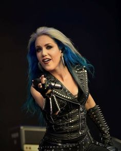 Alissa White-Gluz The Agonist, Alissa White, Charlotte Simone, Arch Enemy, Metal Girl, Heavy Metal Bands, Iron Maiden, Female Singers, Classy And Fabulous