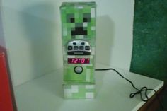 MineCraft Creeper Alarm Clock