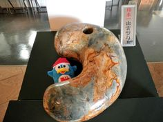 Japan's largest claw-shaped stone beads