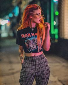 Lua (@luanna) • Instagram photos and videos Hippie Outfits, Edgy Outfits, Grunge Outfits, Short Outfits, Cool Outfits, Fashion Outfits, Tomboy Fashion, Fashion Addict, Teen Fashion