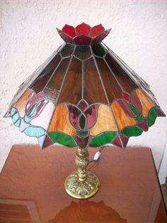 VITRALES: LAMPARAS, VENTANAS, PUERTAS, DOMOS, MARIPOSAS, FLORES,SERVILLETEROS.
