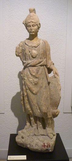 Statue d'une Minerve celtique - Musée archéologique de Dijon (Côte d'Or)