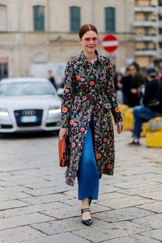 Rose-tinted shades: the simplest, most low-key way to give your outfit that extra touch. #refinery29 http://www.refinery29.com/2016/09/124481/mfw-spring-2017-best-street-style-outfits#slide-3