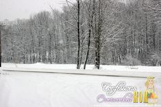 #Vermont snow  More Vermont photography:  http://www.confessionsofanover-workedmom.com/tag/vermont