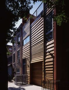 Butler Street Butler Street, Brooklyn, Kings County, NY, United States  Butler Street Residence  Carroll Gardens, Brooklyn   Public presence / private lives This residence attempts to reconcieve the prevailing urban townhouse typ...