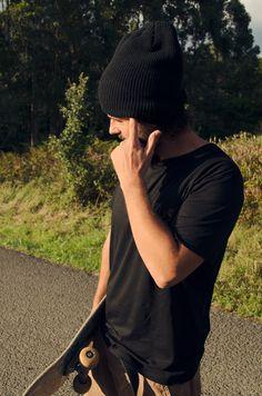 Autumn sunny day  beanie  style  skate  man  inspiration  berretto   2278794cea1