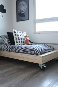 Home Decorators Luxury Vinyl Plank Diy Daybed, Diy Sofa, Diy Furniture Videos, Kids Furniture, Scandinavian Kids Rooms, Diy Home Decor, Room Decor, Bed Frame, Kids Bedroom